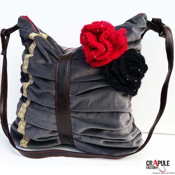 49e1d05106 Gros Sac / besace velours de créateur original retro décalé plissé fleurs  crochet artisanal ...