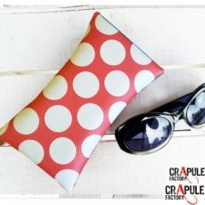 """Etui à lunettes  """"Cap'taine"""" retro Rockabilly  cuir synthétique rouge bande bleue à pois rouge - Molletonée"""