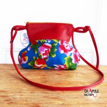 sac besace b cassine boh me chic simili cuir rouge et coton bleu fleurs rouge pivoine original. Black Bedroom Furniture Sets. Home Design Ideas